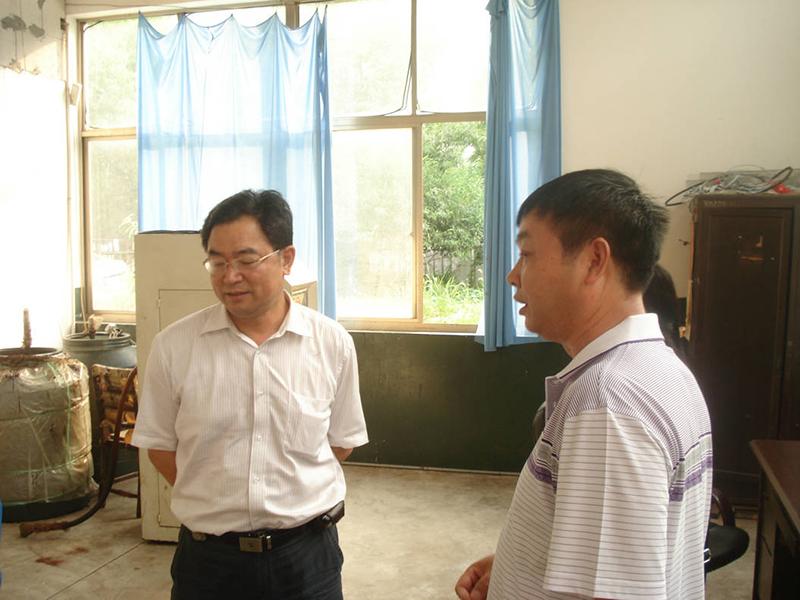 热烈欢迎中国森防站总站长宋玉双来我厂指导